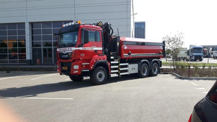 47 BNF 9 Vrachtwagen Foto (1)